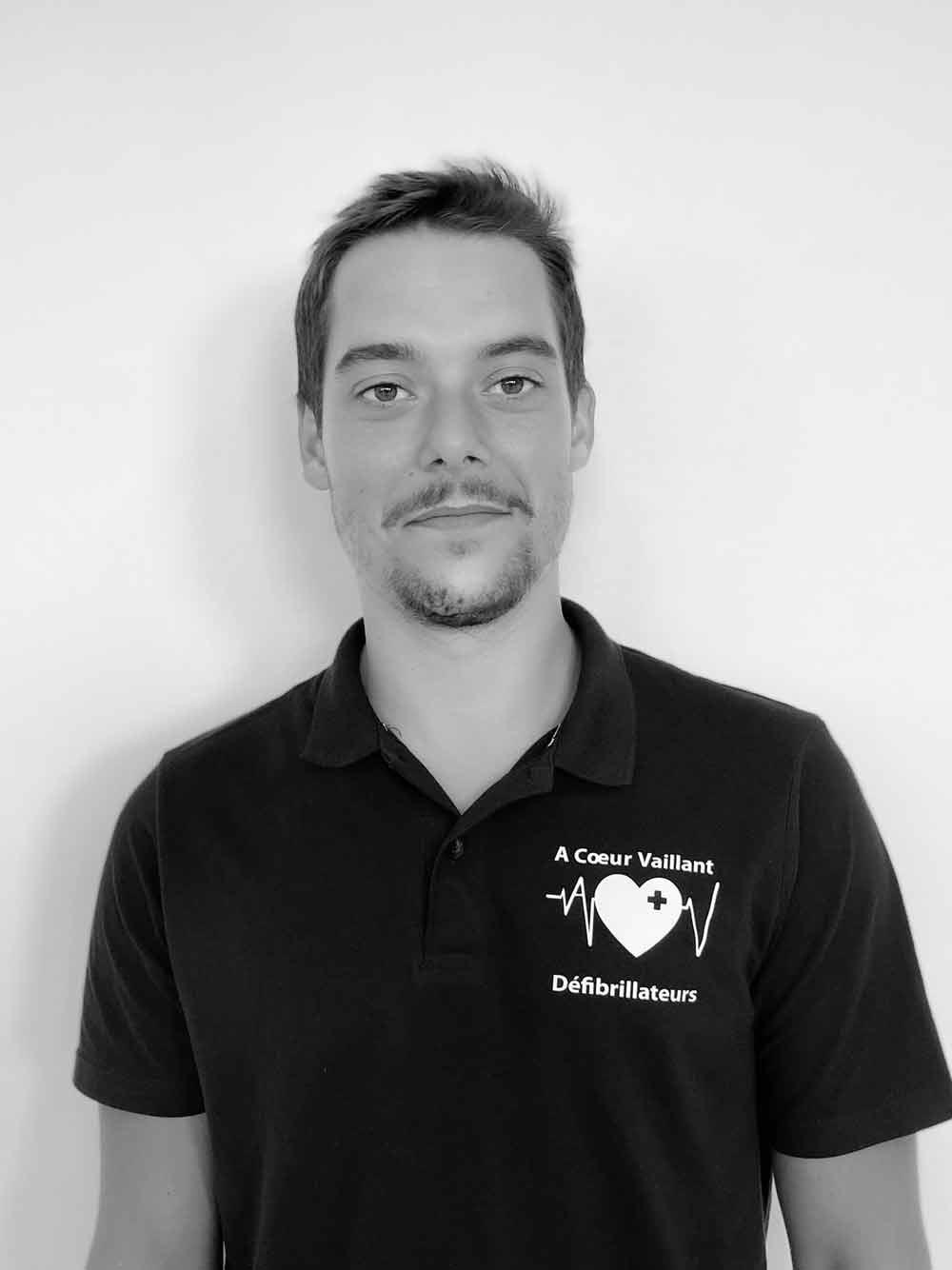 PierreJean A Coeur Vaillant defibrillateurs